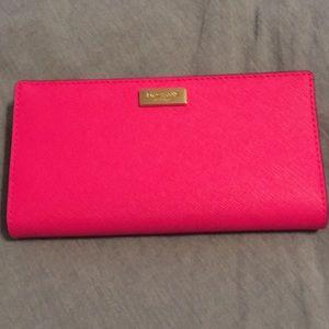 Kate Spade Laurel Way Stacy wallet in Peony Pink